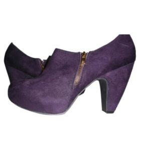 Pantone Grape Compote Mix No. 6 Karin Ankle Boot